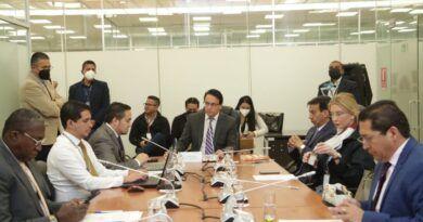 Comisión de Fiscalización recomienda juicio político y censura al exministro de Energía, René Ortíz